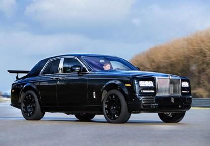 Rolls-Royce SUV siêu sang 'bằng da bằng thịt' xuất hiện ảnh 1