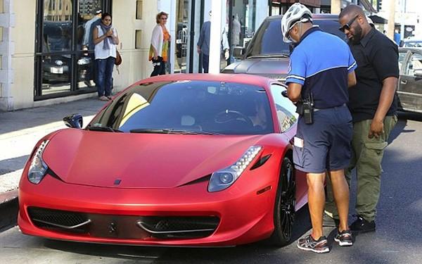 Justin Bieber vung tiền tậu siêu xe LaFerrari giá triệu đô ảnh 1