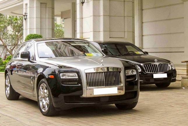 Cặp đôi 'Rolls-Royce, Maybach' hội ngộ ở Sài Gòn ảnh 4