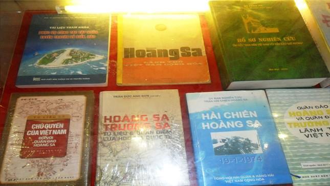 Triển lãm tư liệu, bản đồ về Hoàng Sa, Trường Sa tại Thanh Hóa ảnh 3