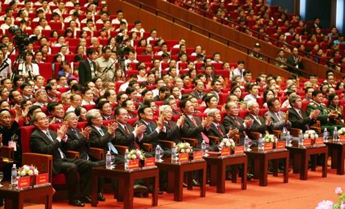 Hình ảnh Lễ kỷ niệm 125 năm Ngày sinh Chủ tịch Hồ Chí Minh ảnh 16
