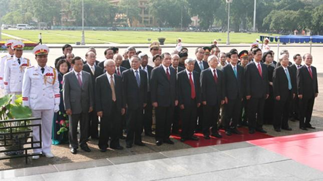 Hình ảnh Lễ kỷ niệm 125 năm Ngày sinh Chủ tịch Hồ Chí Minh ảnh 2