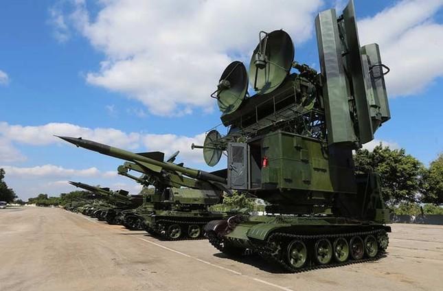 Nhìn gần dàn vũ khí tự chế của Quân đội Cuba ảnh 10
