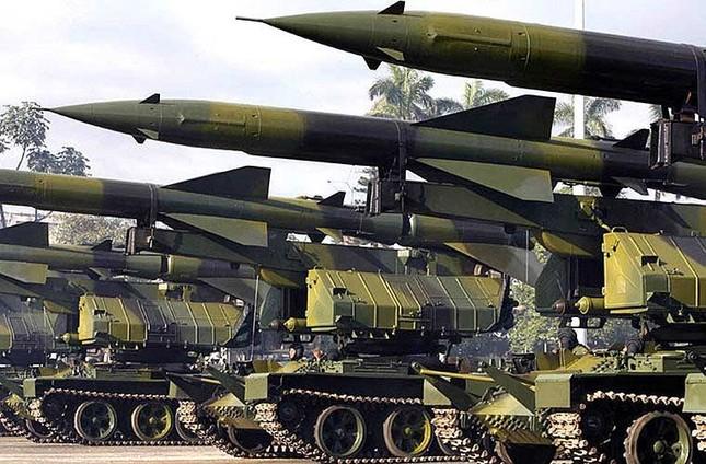 Nhìn gần dàn vũ khí tự chế của Quân đội Cuba ảnh 12