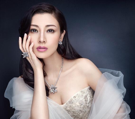 Hoa hậu Hong Kong hết thời: Người phú quý, kẻ mạt vận ảnh 2