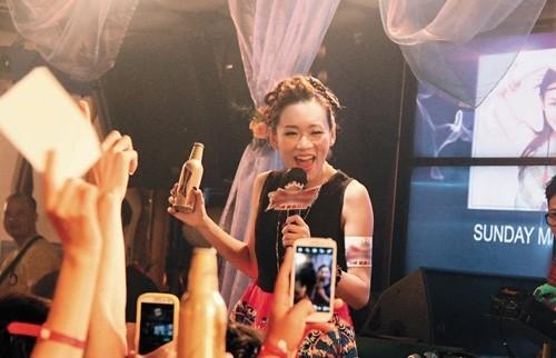 Hoa hậu Hong Kong hết thời: Người phú quý, kẻ mạt vận ảnh 9