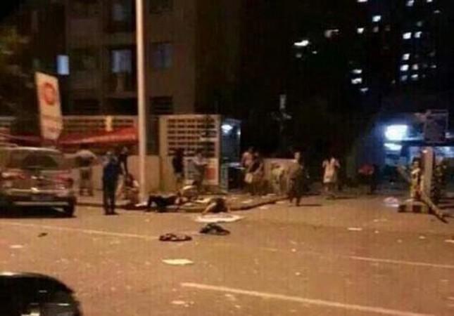 Cảnh 'màn trời chiếu đất' sau vụ nổ lớn ở Trung Quốc ảnh 1