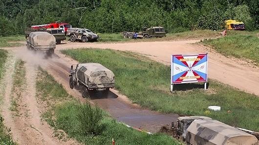 Những bài kiểm tra xe quân sự 'nghẹt thở' của Nga ảnh 5