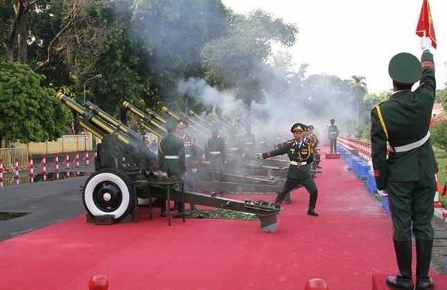 Đại bác rền vang trước lễ diễu binh ngày Quốc khánh 2/9 ảnh 6