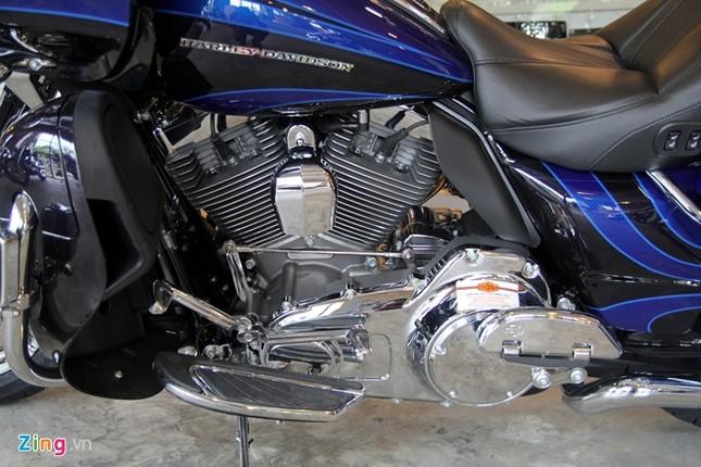 Chi tiết Harley-Davidson CVO Road Glide giá gần 2 tỷ ảnh 2