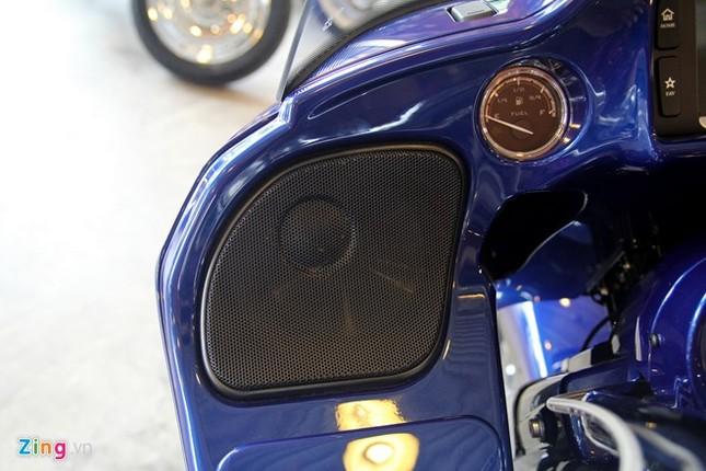 Chi tiết Harley-Davidson CVO Road Glide giá gần 2 tỷ ảnh 4
