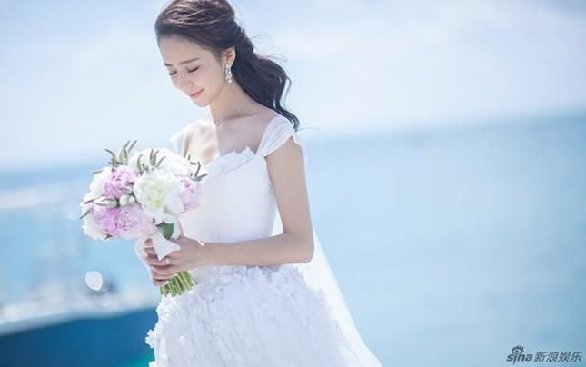Những chiếc váy cưới của mỹ nhân Hoa ngữ ảnh 5