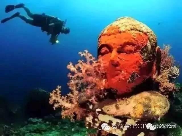 Kinh ngạc với ngôi đền bí ẩn dưới đáy biển ảnh 2