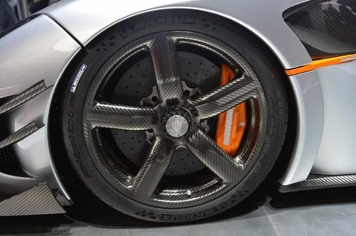 Cận cảnh siêu phẩm Koenigsegg One:1 đặc biệt giá 6 triệu USD ảnh 11