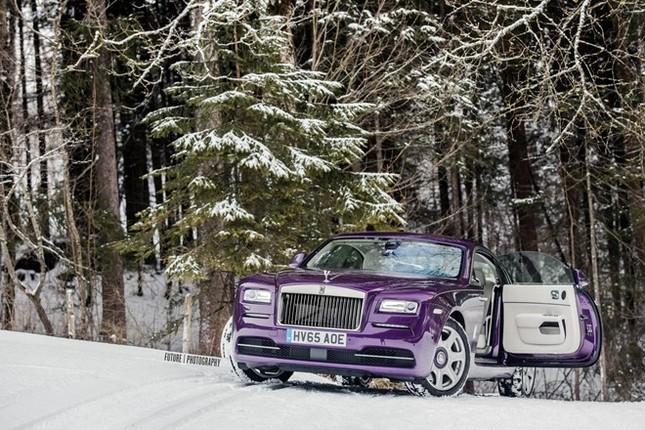 Cận cảnh Rolls-Royce Wraith màu tím độc nhất thế giới ảnh 7