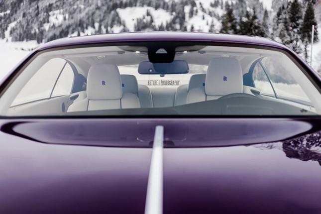 Cận cảnh Rolls-Royce Wraith màu tím độc nhất thế giới ảnh 2