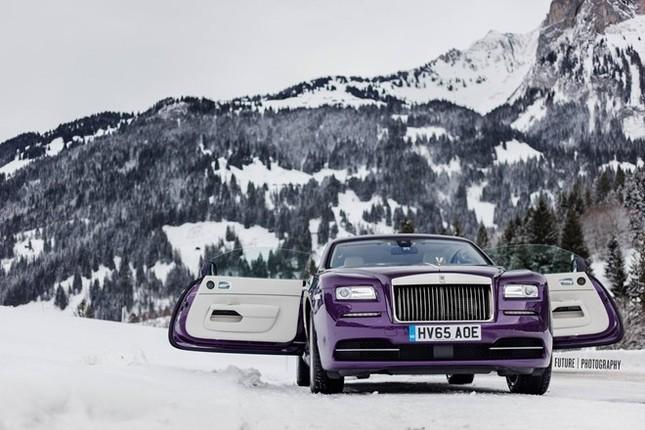 Cận cảnh Rolls-Royce Wraith màu tím độc nhất thế giới ảnh 4