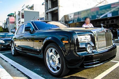 Đại gia Lào Cai tậu xe siêu sang Rolls-Royce Phantom ảnh 2