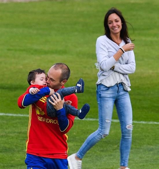 Tuyển thủ Tây Ban Nha nạp 'doping' trước đại chiến ảnh 2