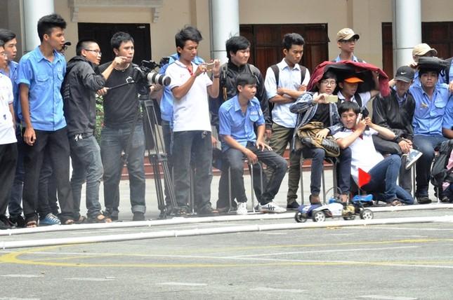 """Đua xe """"F1 tự chế"""" của sinh viên TPHCM ảnh 14"""