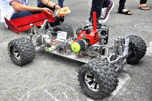 """Đua xe """"F1 tự chế"""" của sinh viên TPHCM ảnh 16"""