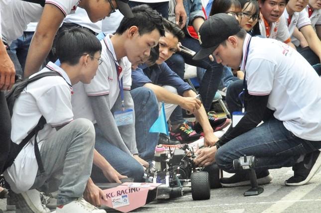 """Đua xe """"F1 tự chế"""" của sinh viên TPHCM ảnh 4"""