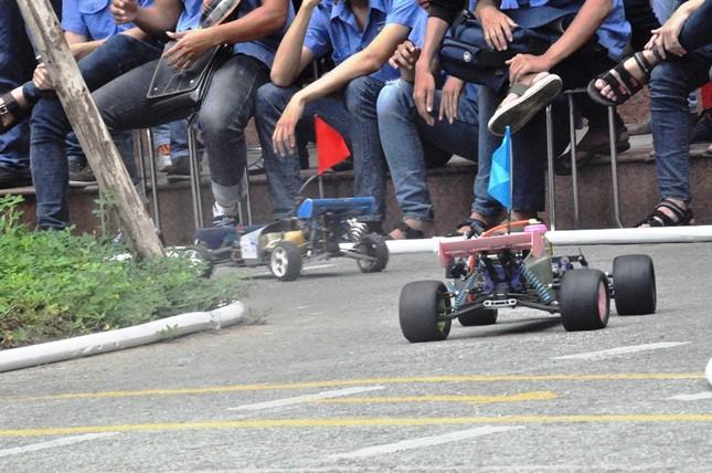 """Đua xe """"F1 tự chế"""" của sinh viên TPHCM ảnh 7"""