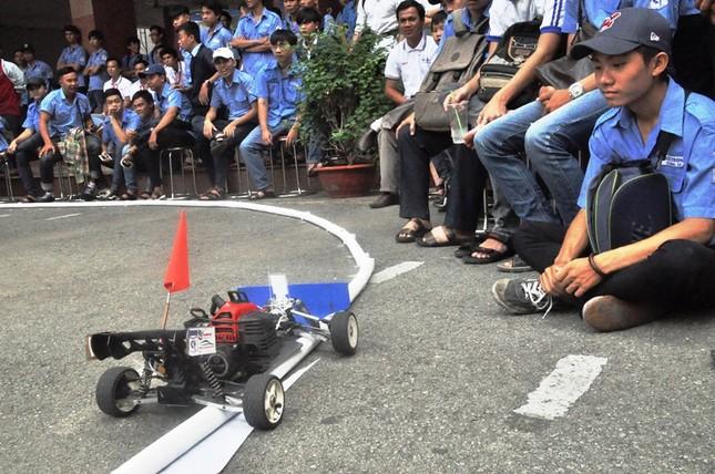 """Đua xe """"F1 tự chế"""" của sinh viên TPHCM ảnh 8"""