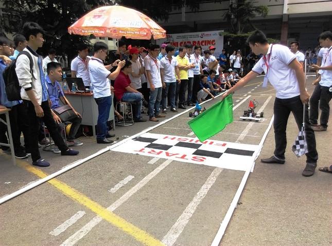 """Đua xe """"F1 tự chế"""" của sinh viên TPHCM ảnh 6"""