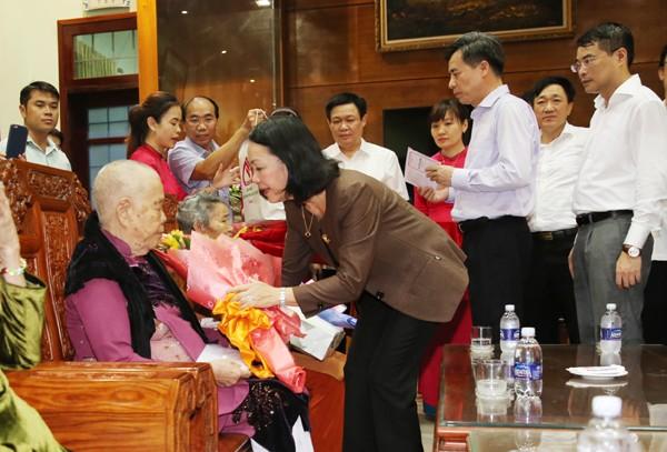 Tri ân các Anh hùng liệt sĩ tại Quảng Trị ảnh 7