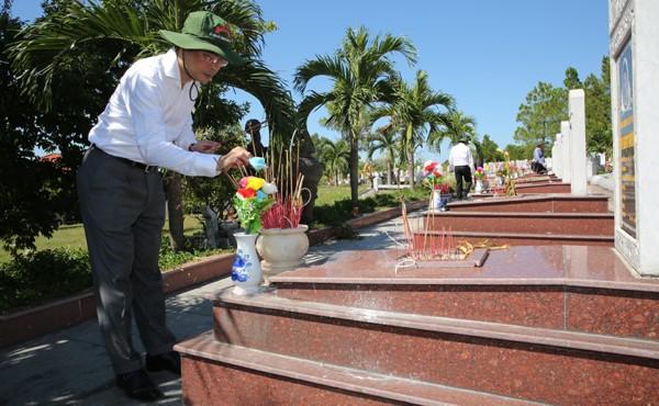Tri ân các Anh hùng liệt sĩ tại Quảng Trị ảnh 13