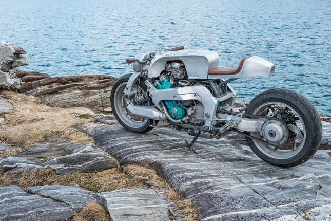 Yamaha GTS1000 - 'quái thú' phá cách của thợ Na Uy ảnh 2