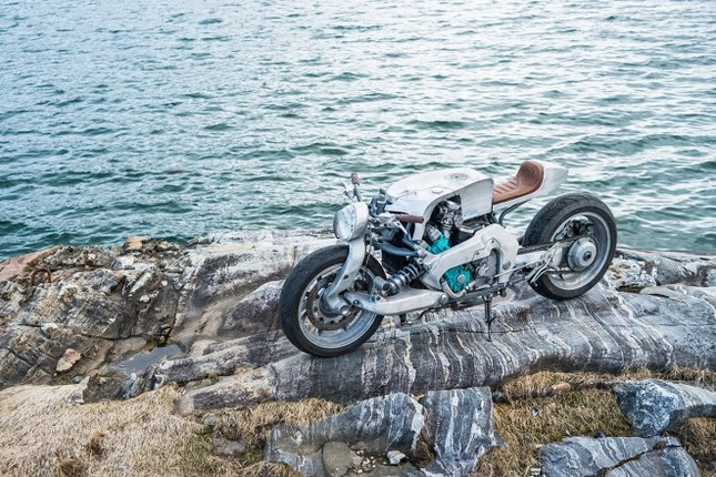 Yamaha GTS1000 - 'quái thú' phá cách của thợ Na Uy ảnh 8