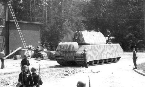 Tăng Maus - siêu vũ khí thảm hại của Hitler ảnh 1