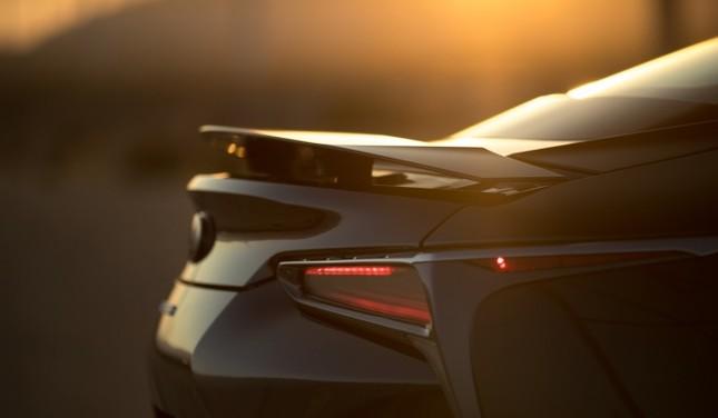 Lexus LC500 2017 khoe dáng dưới hoàng hôn ảnh 7