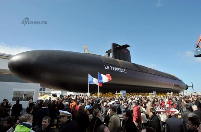 Nhìn gần tàu ngầm hạt nhân 'dát vàng' của Pháp ảnh 13