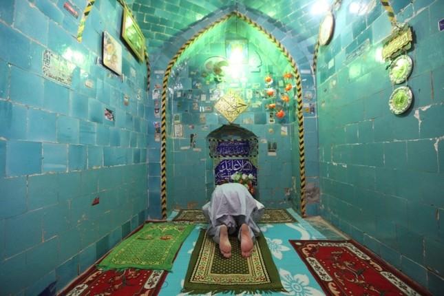 Cận cảnh nghĩa trang rộng nhất thế giới ở Iraq ảnh 12