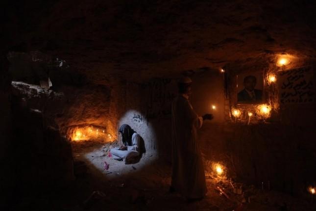 Cận cảnh nghĩa trang rộng nhất thế giới ở Iraq ảnh 5
