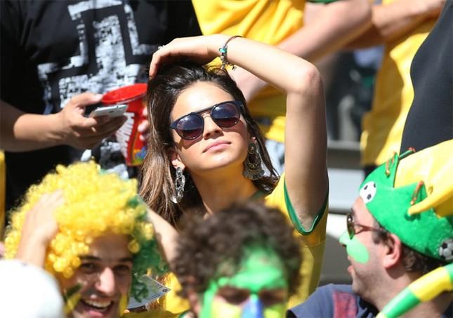 Ngôi sao Neymar 'yêu lại từ đầu' ảnh 7