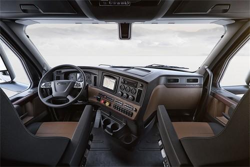 Freightliner Cascadia - xe tải siêu công nghệ ảnh 3