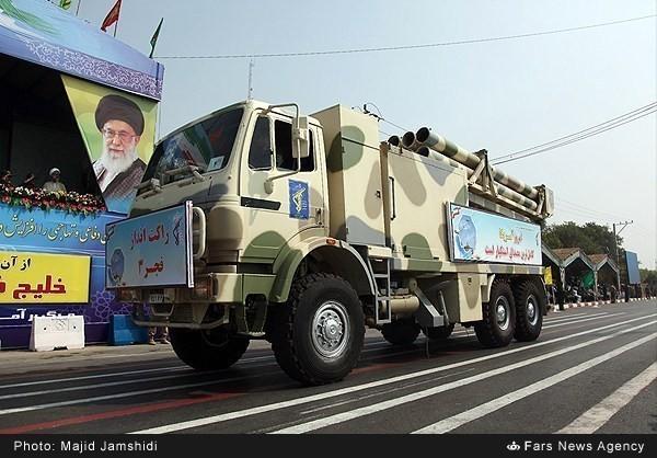Mục kích dàn vũ khí 'khủng' của quân đội Iran ảnh 11