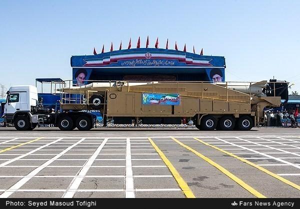 Mục kích dàn vũ khí 'khủng' của quân đội Iran ảnh 14