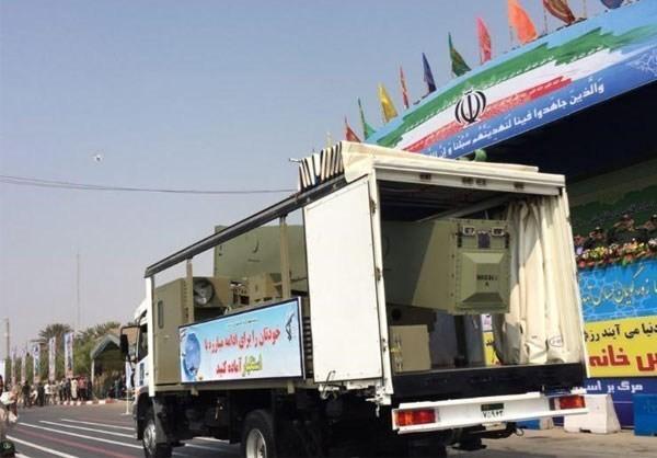 Mục kích dàn vũ khí 'khủng' của quân đội Iran ảnh 4