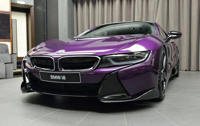 BMW i8 độ chính hãng màu độc tại Abu Dhabi ảnh 5