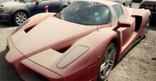 Hơn 2.000 xe sang bị vứt bỏ mỗi năm ở Dubai ảnh 2