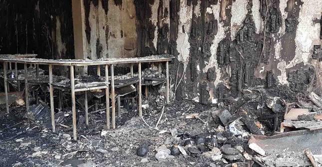 Bên trong quán karaoke bị cháy khiến 13 người chết ảnh 12
