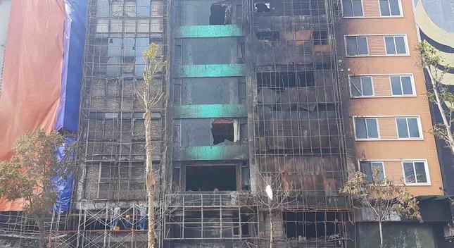 Bên trong quán karaoke bị cháy khiến 13 người chết ảnh 1