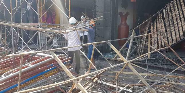 Bên trong quán karaoke bị cháy khiến 13 người chết ảnh 2