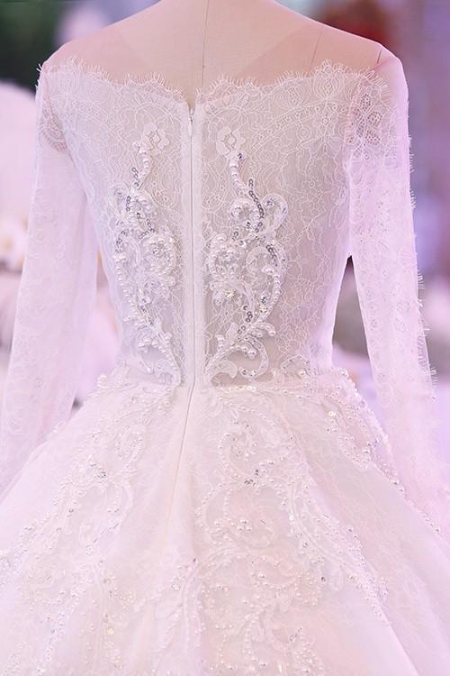 Ba bộ cưới lộng lẫy của cô dâu Hari Won ảnh 7