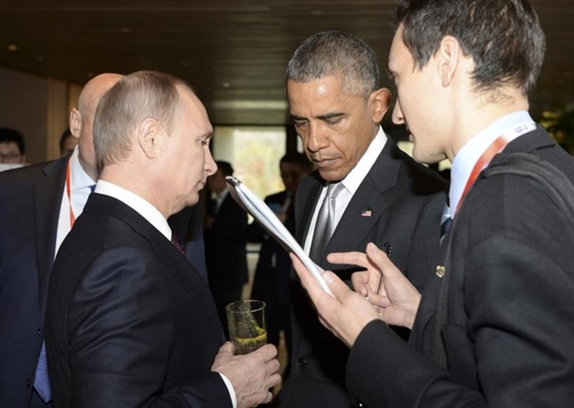 Những cuộc gặp đáng nhớ giữa ông Putin và ông Obama ảnh 4